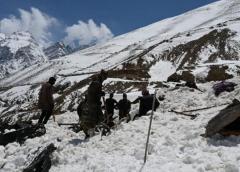 密码保护:解放军守军获奖 印占区雪崩伤亡惨重 目前两军状态